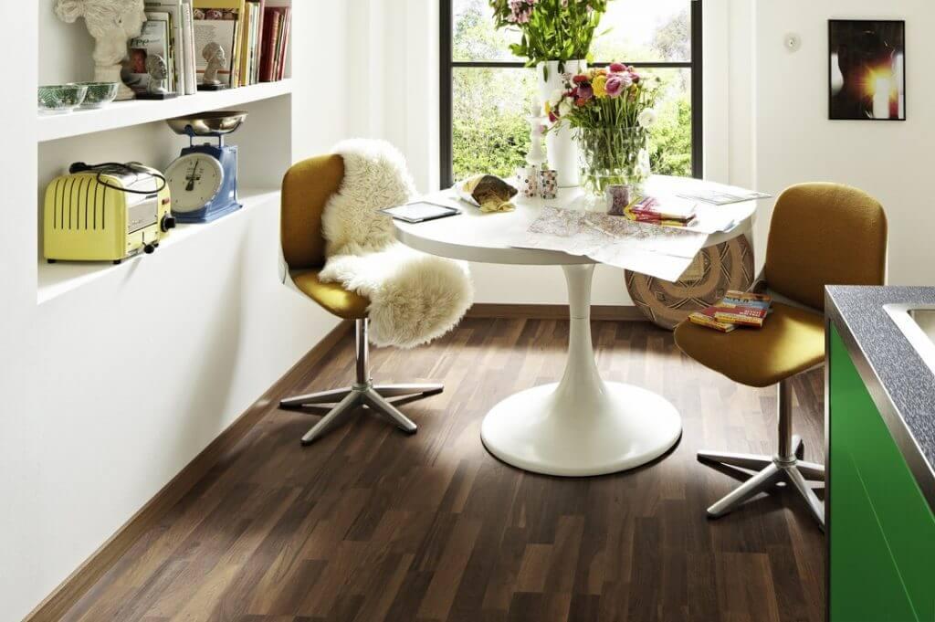laminat parkett parkett laminat vinyl with laminat. Black Bedroom Furniture Sets. Home Design Ideas