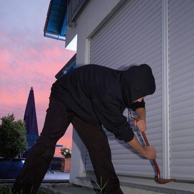 rolladen in bayreuth f r fenster t ren und dachfenster. Black Bedroom Furniture Sets. Home Design Ideas
